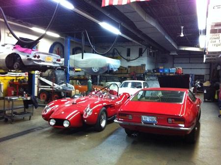 Ferrari-250TR-garage