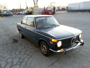 1973-BMW-2002-front
