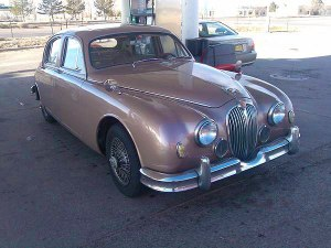Jaguar-MK2-front