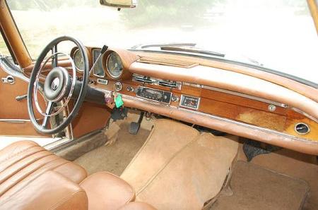 fuelfed-mercedes-300se-coupe-dash