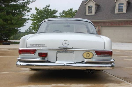 fuelfed-mercedes-300se-coupe-rear