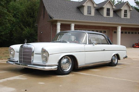 fuelfed-mercedes-300se-coupe-side