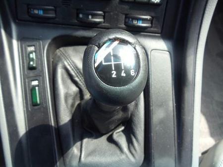 fuelfed-bmw-850csi-6speed