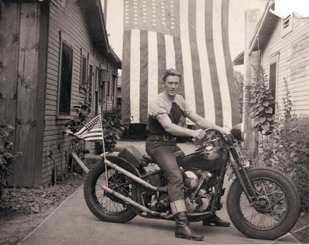 1946_Harley