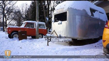Fuelfed_classic_Bronco_barn-find