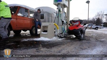 Fuelfed_classic_Bronco_gas-station