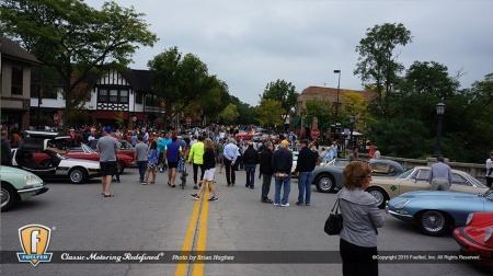 fuelfed-coffee-classic-car-crowds