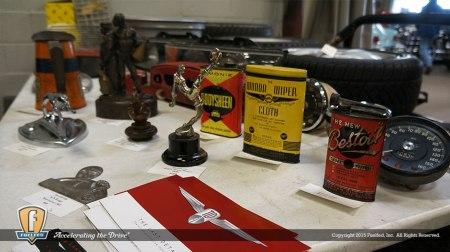 fuelfed-swap-meet-vintage-tins
