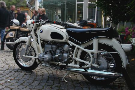 vintage-bmw-motorcycle-retromoto
